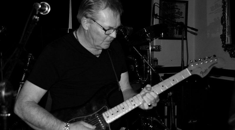 gitarist-lucas